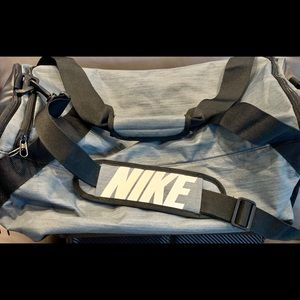 Nike Duffle Bag Gray Large